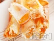 Рецепта Пухкава баница с локум и фини кори за десерт или закуска
